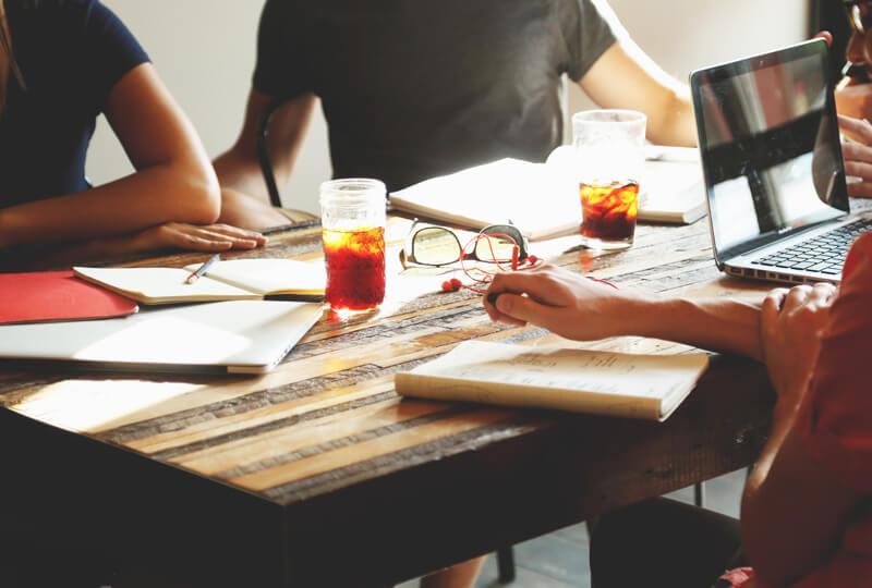 業務効率を改善する「ECRSの原則」とその具体例